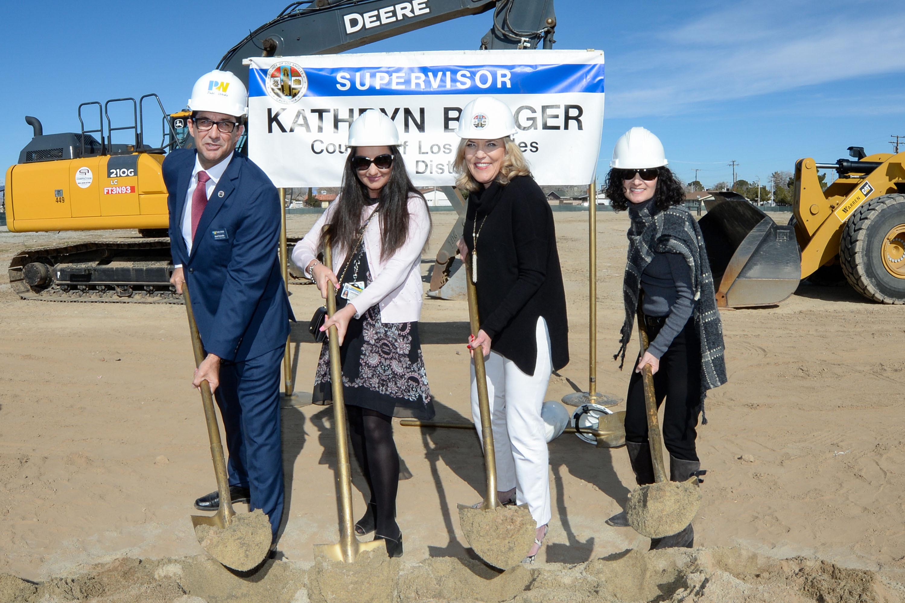 District 5 – Supervisor Kathryn Barger<br> <b>Jan. 27, 2020 – Mental Health Urgent Care Clinic groundbreaking in Lancaster. </b><br> <i>Photo by Martin Zamora / Board of Supervisors</i>