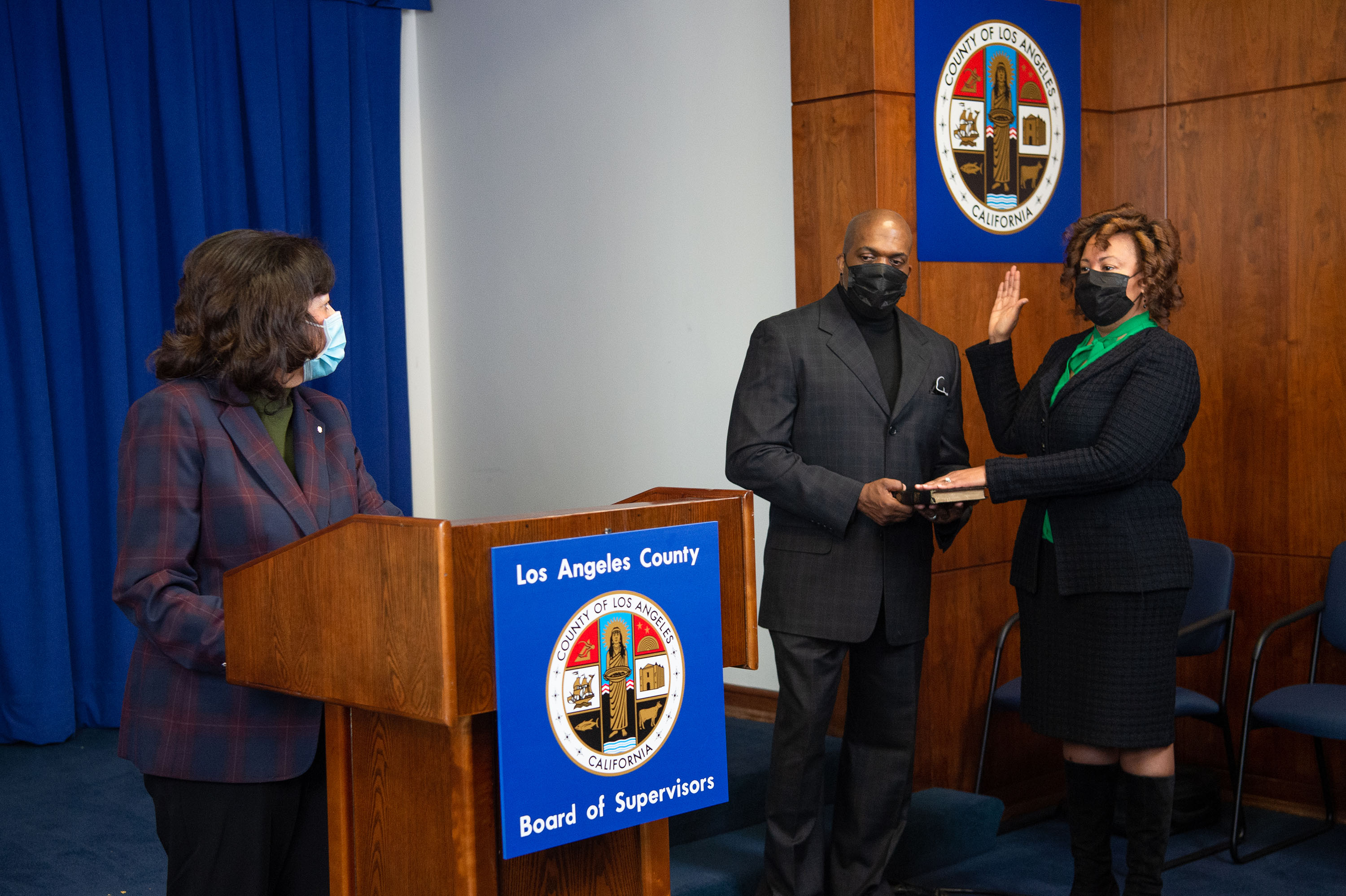 Executive Office<br><b>Jan. 6, 2021 - Fesia A Davenport CEO Oath of Office </b><br> <i>Photo by Bryan Chan / Board of Supervisors</i>