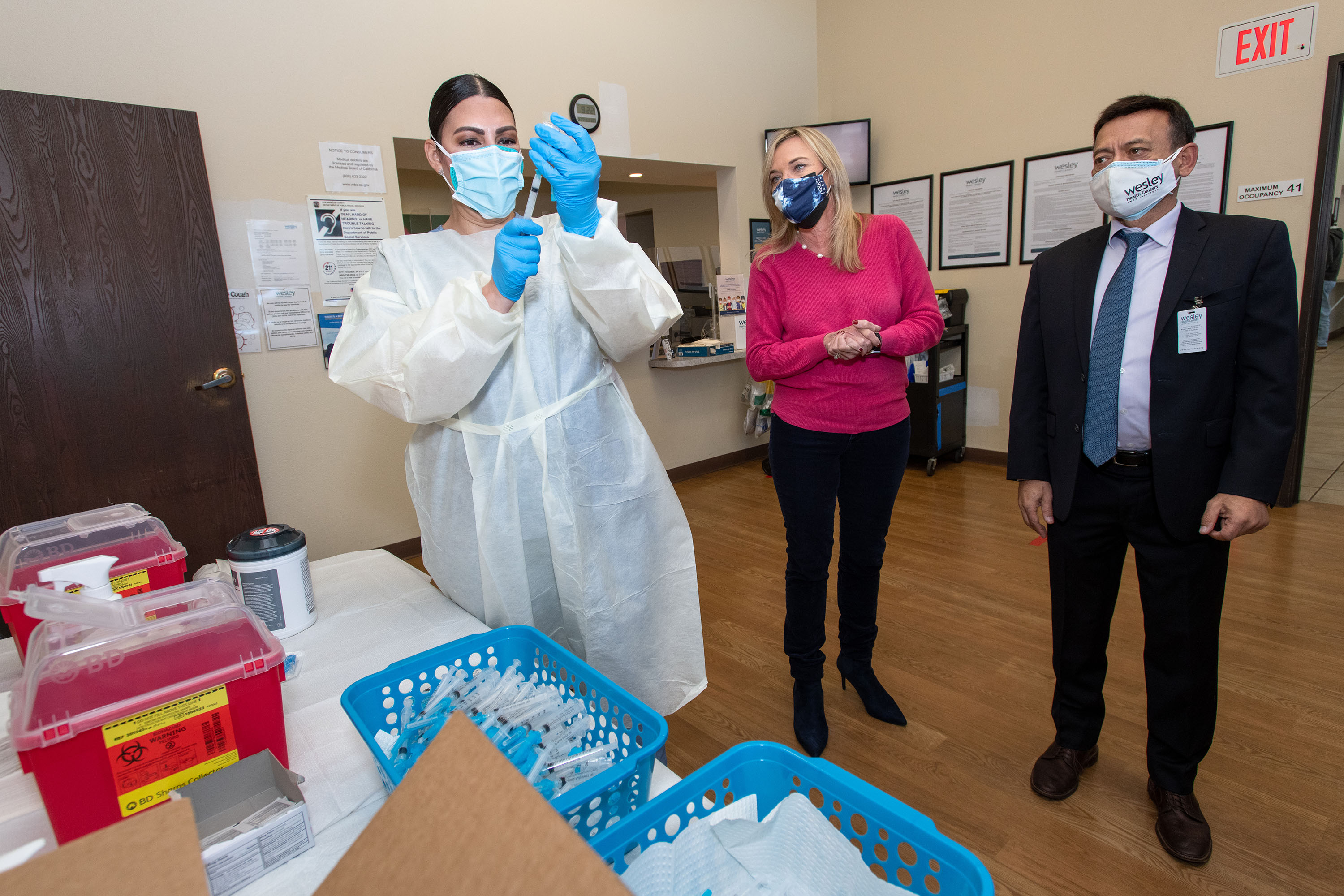 District 5 – Supervisor Kathryn Barger<br> <b>Feb. 27, 2021 - Wesley Health COVID-19 vaccine clinic in Lancaster</b><br> <i>Photo by Bryan Chan / Board of Supervisors</i>