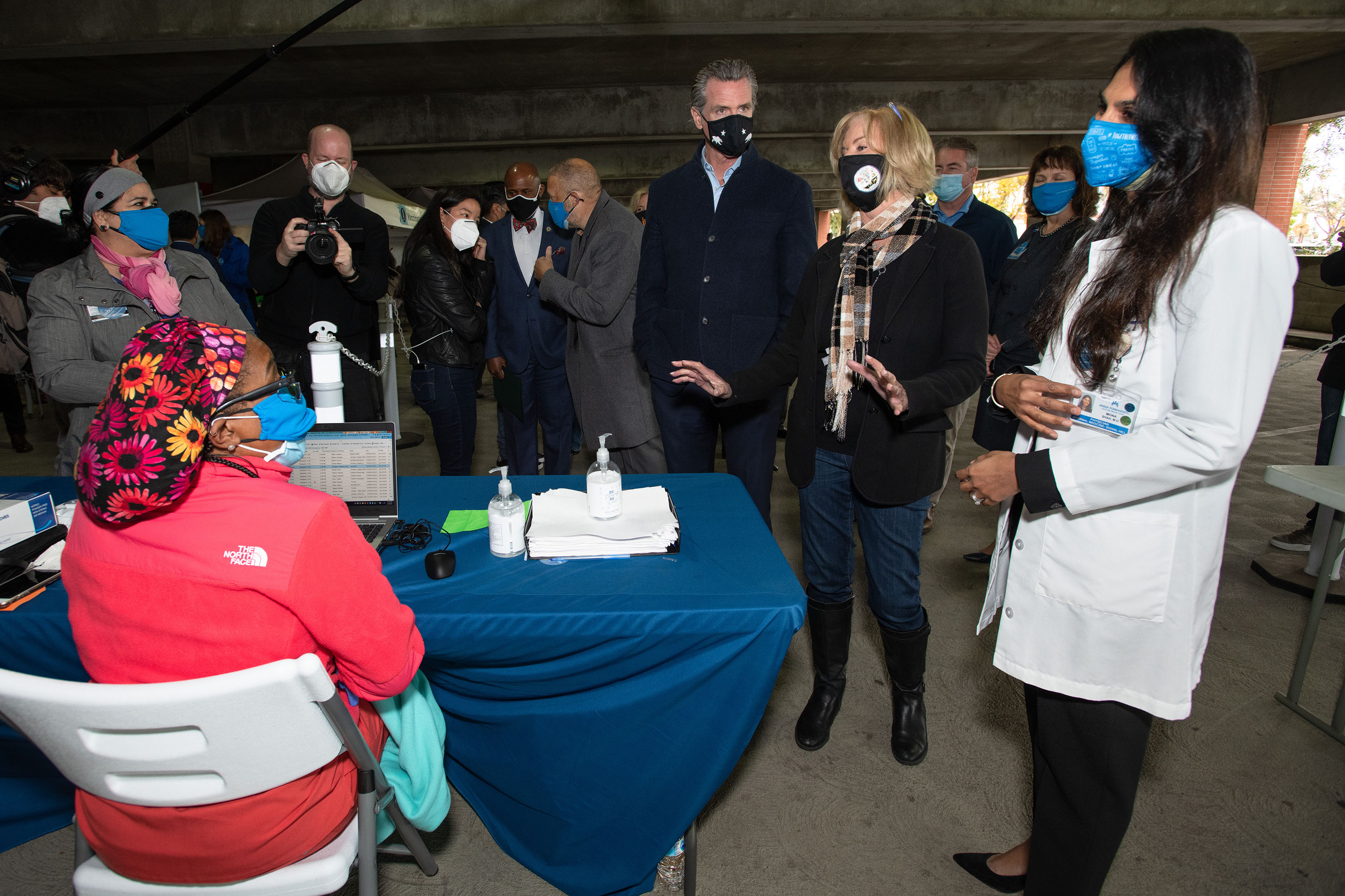 District 4 – Supervisor Janice Hahn<br> <b>March, 3, 2021 - Cal State Long Beach COVID-19 vaccination site</b><br> <i>Photo by Bryan Chan / Board of Supervisors</i>