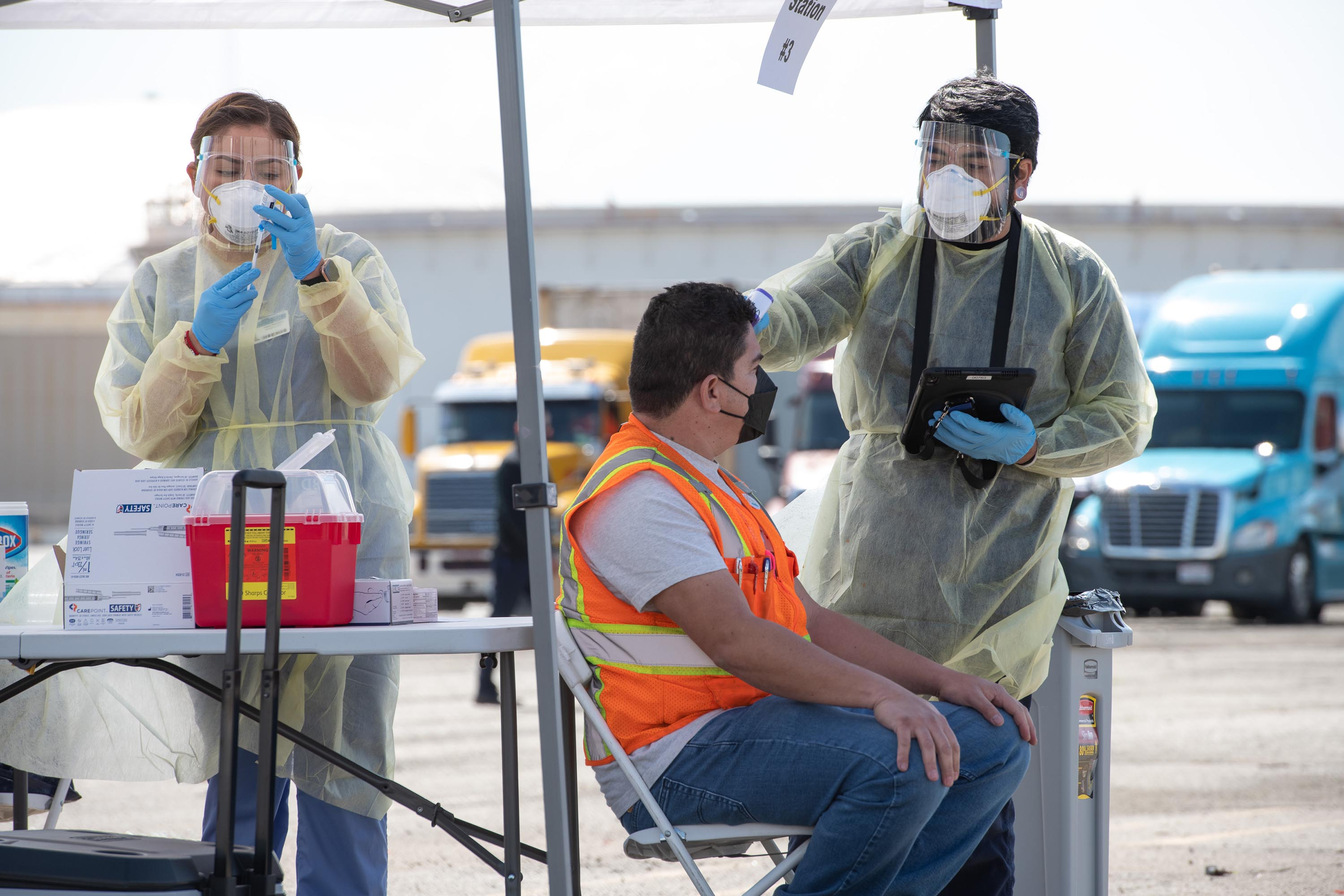 District 1 – Supervisor Hilda L. Solis<br> <b>March 12, 2021 - Northeast Community Clinic and Teamsters Union Vaccine Site</b><br> <i>Photo by Bryan Chan / Board of Supervisors</i>